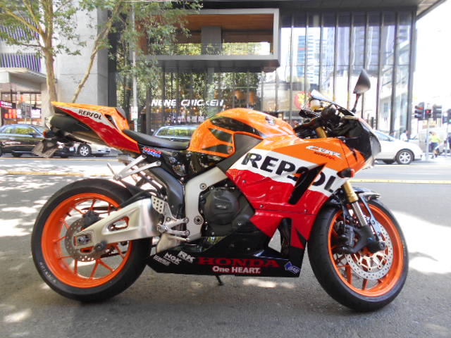 honda cbr 600 rr repsol spot on motorcycles spot on motorcycles. Black Bedroom Furniture Sets. Home Design Ideas